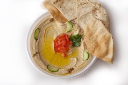 Hummus s arabským chlebom